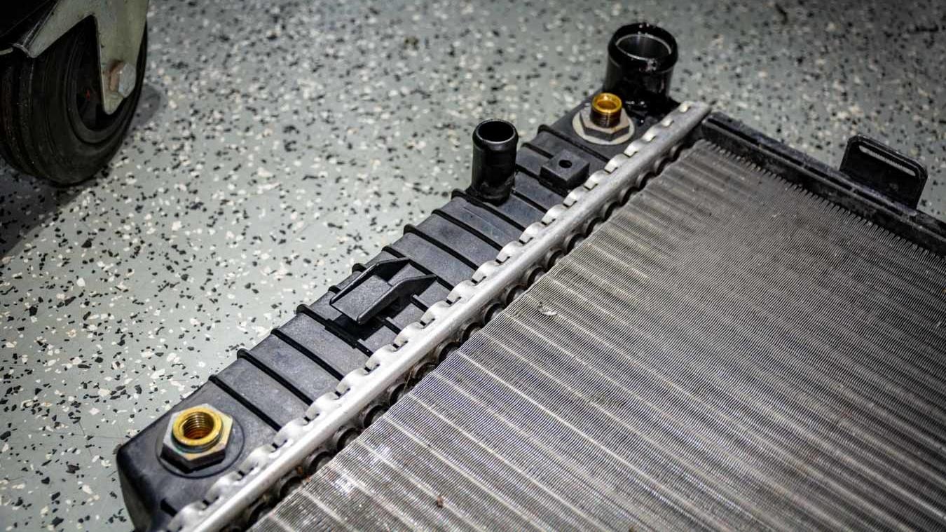 SLK R170 Kühler - undicht