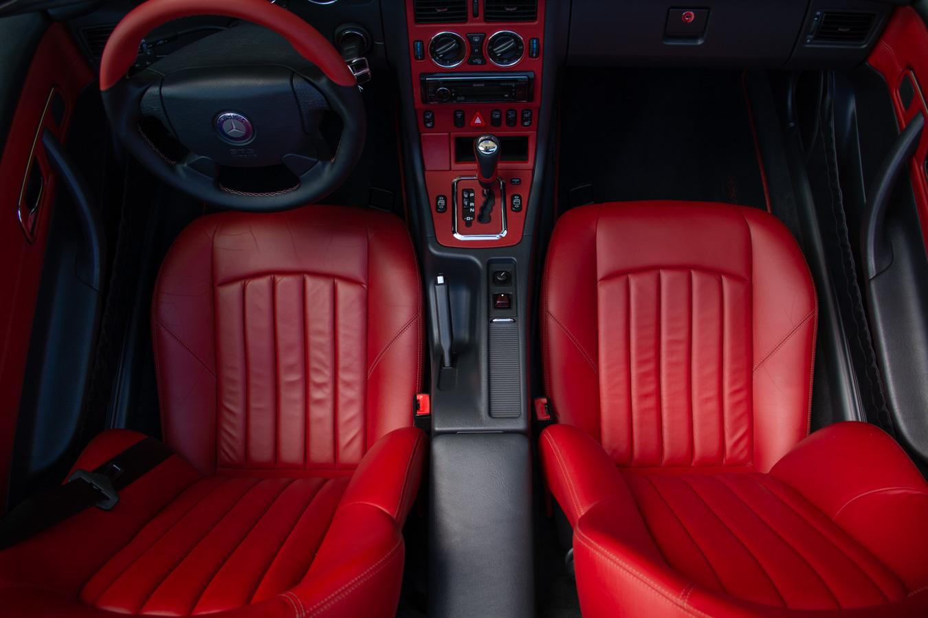 slk 32 amg designo rot innenraum